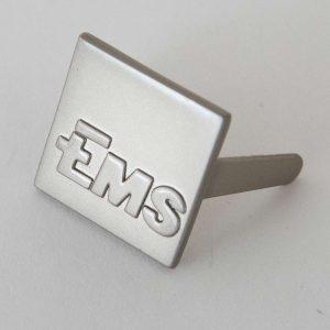 Abzeichen Metall massiv, reliefgeprägt