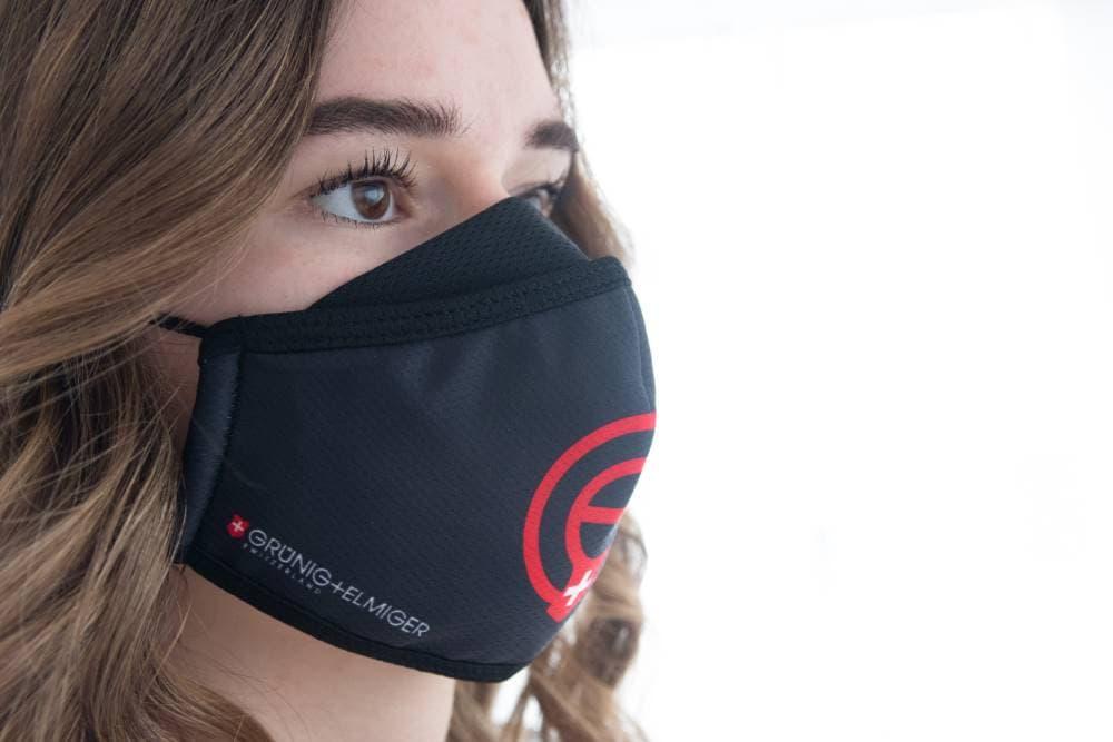 Juerg_Siegrist_Holding_AG_wirksame_Komfort_Gesichtsmaske_mit_Sublimationsdruck